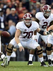 Alabama's Ryan Kelly won the Rimington Trophy as the nation's top center.