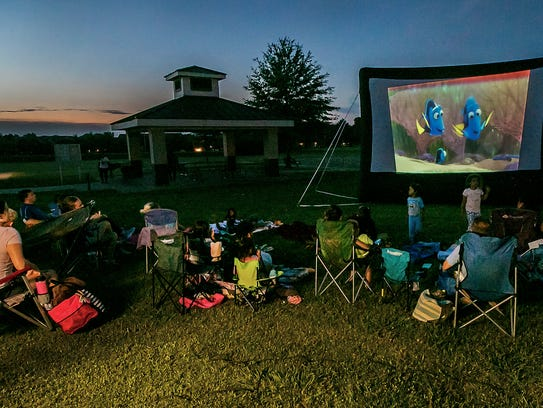 As the sun sets Murfreesboro Parks & Rec.'s Movie Under