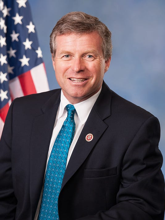 636595608638820237-Charlie-Dent-official-photo.jpg