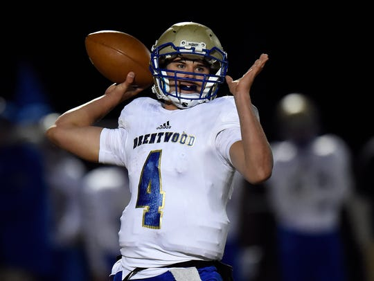 Brentwood quarterback Carson Shacklett