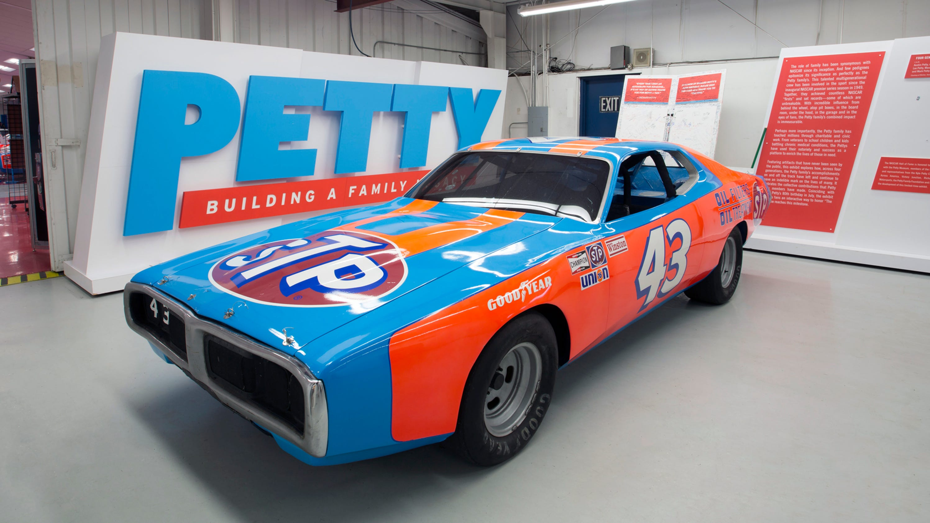 Richard Petty cars, trophies to be sold at auction on May 12