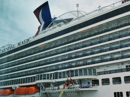 Carnival Cruise Ship Comes Within Feet Of Jet Skiers - Cruise ship magic