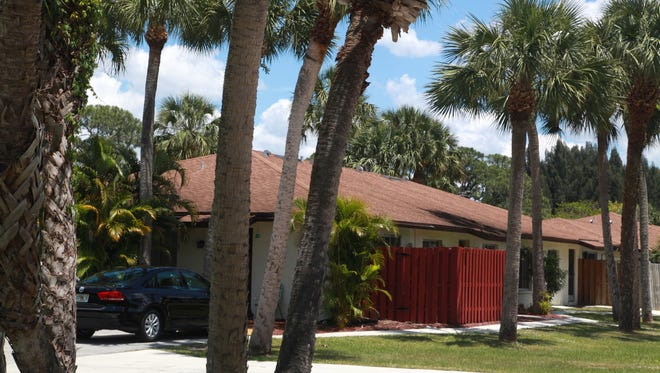 Tucked away behind N. Cleveland Ave. in North Fort Myers, Palm Frond Condominium in North Fort Myers carries the baggage of a long-ago declaration of 40 unbuilt units that aren't paying assessments.