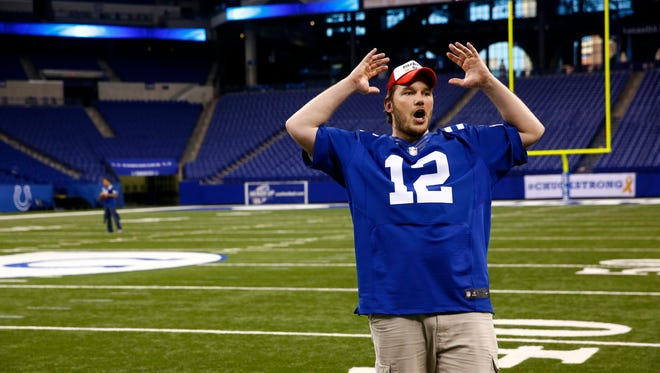 """""""Parks and Recreation"""" actor Chris Pratt on the field of Lucas Oil Stadium during a shoot."""