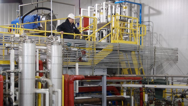 Equipment inside a pilot plant in Scotland, S.D., that turns corn cob into cellulosic ethanol, a precursor to a commercial-scale biorefinery planned for Emmetsburg, Iowa.