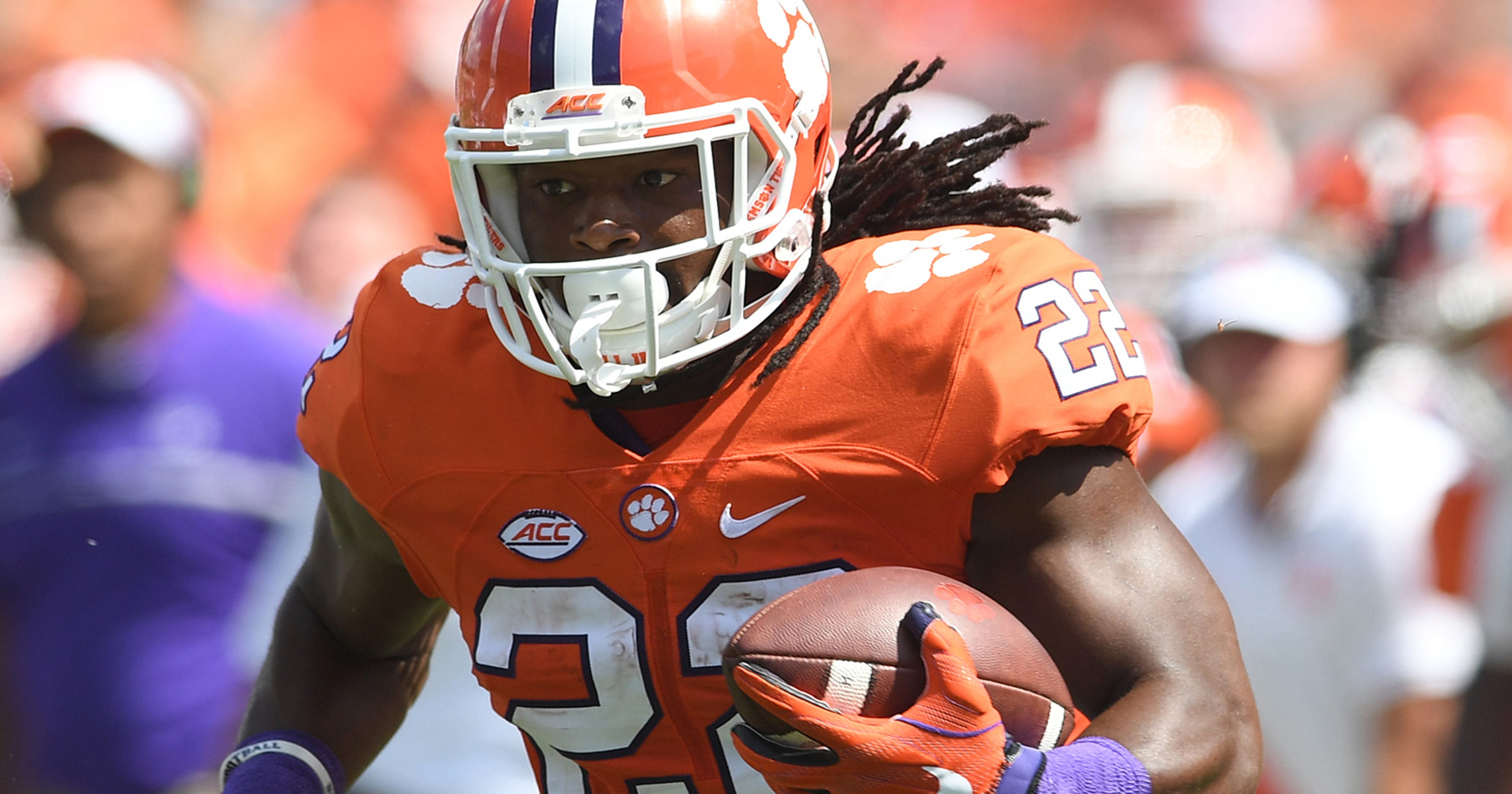 Former Clemson football player Tyshon Dye drowns in Lake Russell