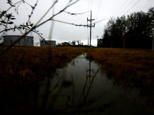 In 1988, Caddo deputies found Staten's body lying outside
