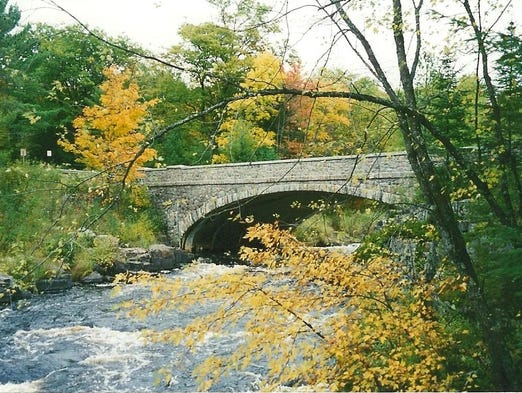 Landscaping Rocks Eau Claire Wi : The bridge at eau claire dells was designed and built in late