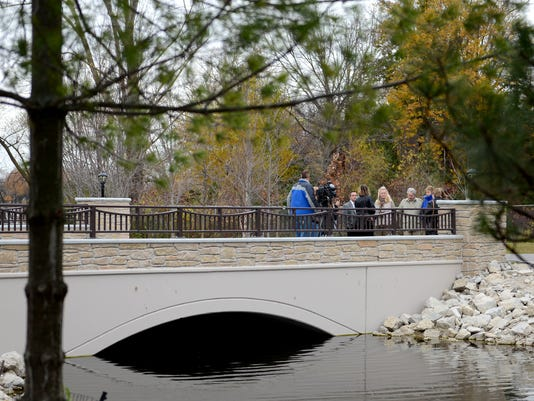 z GPG Sanctuary Bridge Dedication014.jpg_20141103.jpg