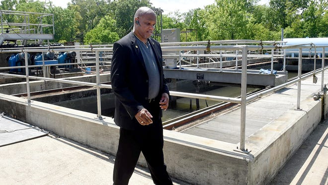Mayor Reggie Tatum conducts a tour of the sewer treatment plant Thursday afternoon.