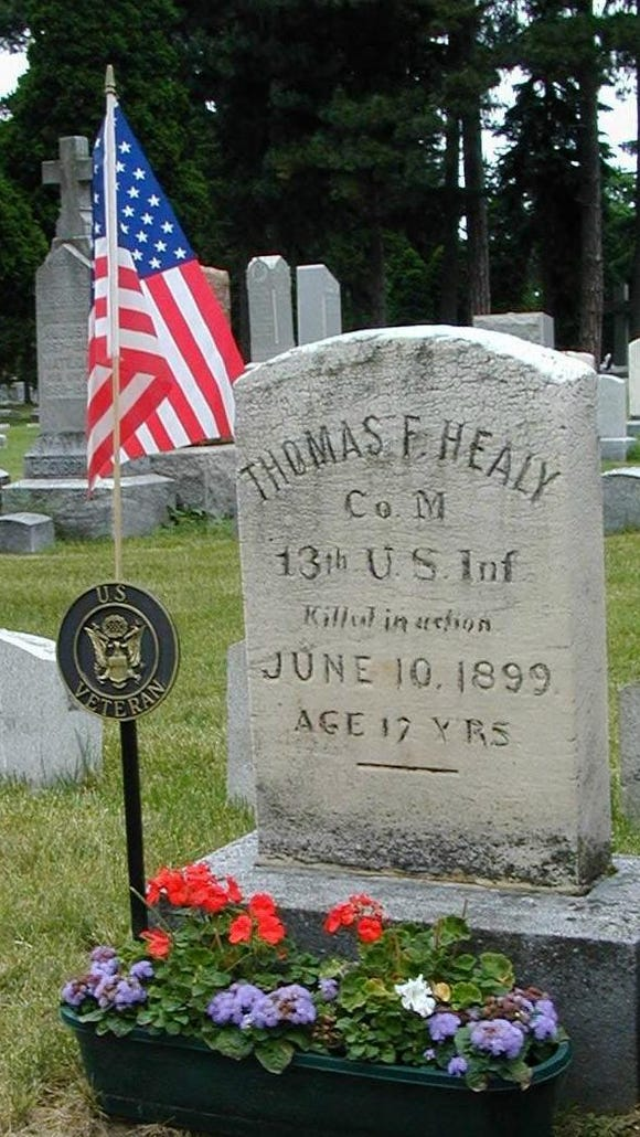 Thomas F. Healy's grave in Holy Sepulcher Cemetery