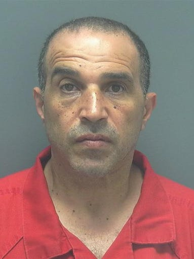 ABUKHDEIR, HASSAN MUHAMMAD DOB: 1964-06-20 Last Known Address:13091 Parkline Dr Fort Myers FL 33901  Charges: OPIUM OR DERIV-DISTRIB - SCHEDULE I OR II MARIJUANA-POSSESS (POSSESS MARIJUANA OVER 20 GRAMS) MOVING TRAFFIC VIOL (VIOLATE DRIVERS LICENSE RESTRICTIONS)