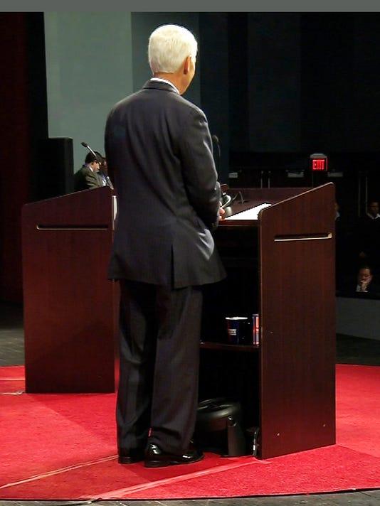 Governor Florida Debate Fan