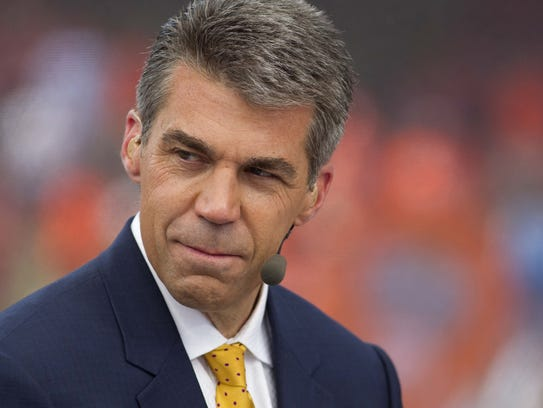 ESPN's Chris Fowler will call play-by-play Saturday