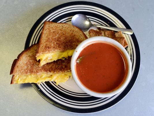 636591291833173318-grilled-cheese-12.jpg