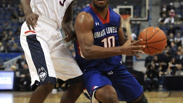 Purvis leads No. 25 UConn over UMass-Lowell 88-79
