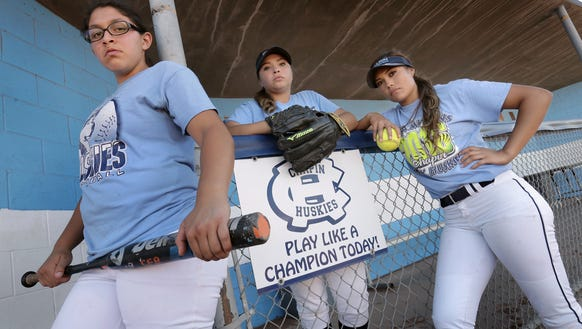 Chapin softball seniors Ariana Valles, left, Nazareth