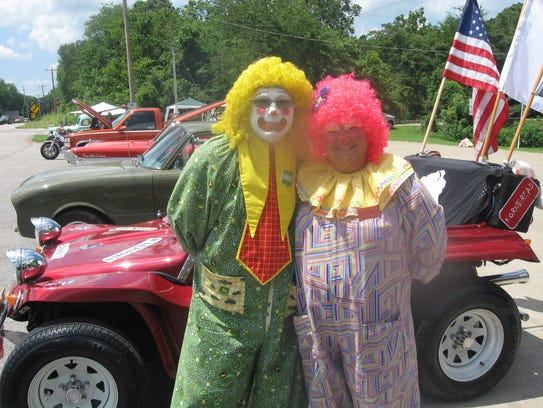 Clowns Kornbread and Buttermilk ham it up at The Stewart