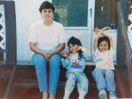 Mayra Zamora's mother, Santos Zamora (from left), Esna