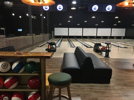 Bowling lanes at The City Forum.