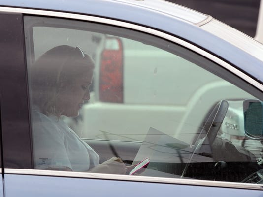 Grrr! Texting while driving really annoys other motorists
