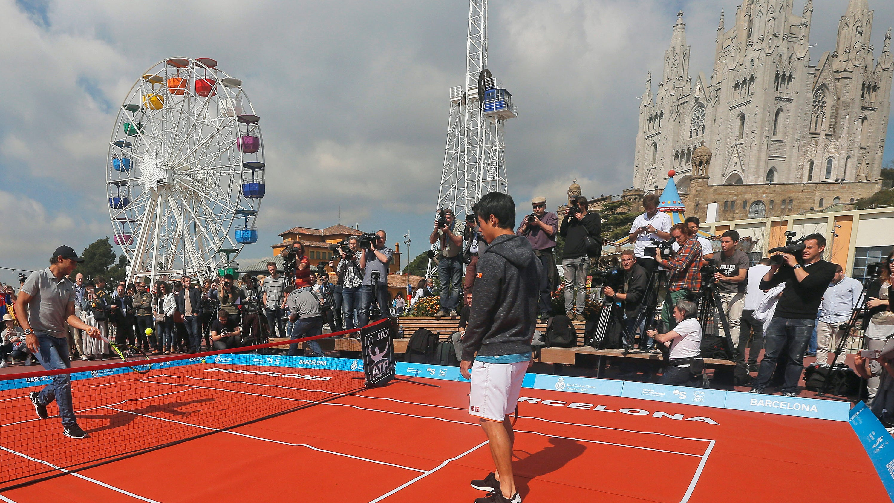 Nishikori beats bakker in 2nd round of barcelona open - Firefly barcelona ...