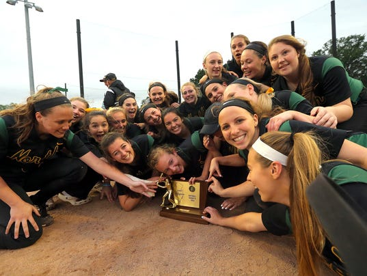 636636631238512338-North-Hunterdon-celebrates-with-trophy-claiming-Gorup-IV-title-6-3-18.jpg