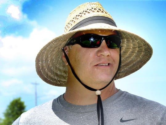 01-Football Coach Shadow