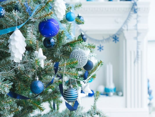 635869896458379918-WDHTab-12-05-2014-Everest-1-E001--2014-12-03-IMG-Blue-Christmas.jpg-1-1-B59A0PN1-L527787337-IMG-Blue-Christmas.jpg-1-1-B59A0PN1.jpg