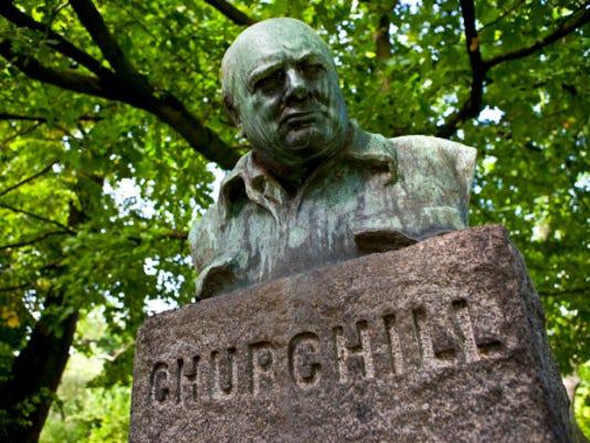 635875821341608232-Churchill.jpg