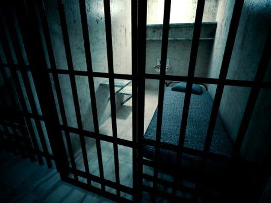 635968221405719867-jail.jpg