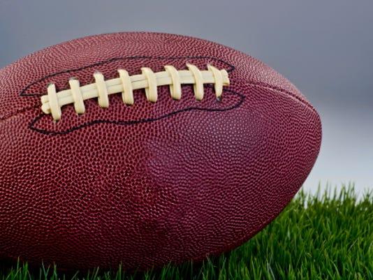 636121591450272827-football2.jpg