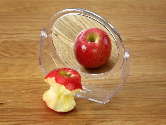 636238109051219557-apple.jpg
