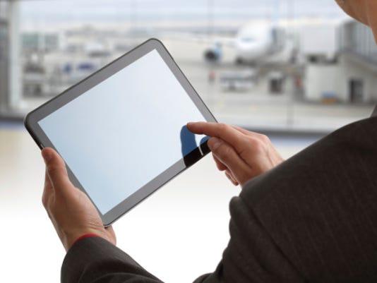 3 ways crooks attack you using public Wi-Fi