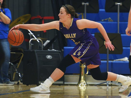 Sully Buttes' Rachel Guthmiller keeps the ball from