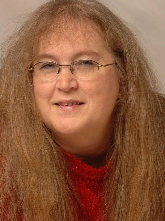 Terri Schlichenmeyer.jpg
