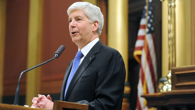 Snyder says state agencies must work better together to effectively and efficiently manage taxpayer dollars.                     t