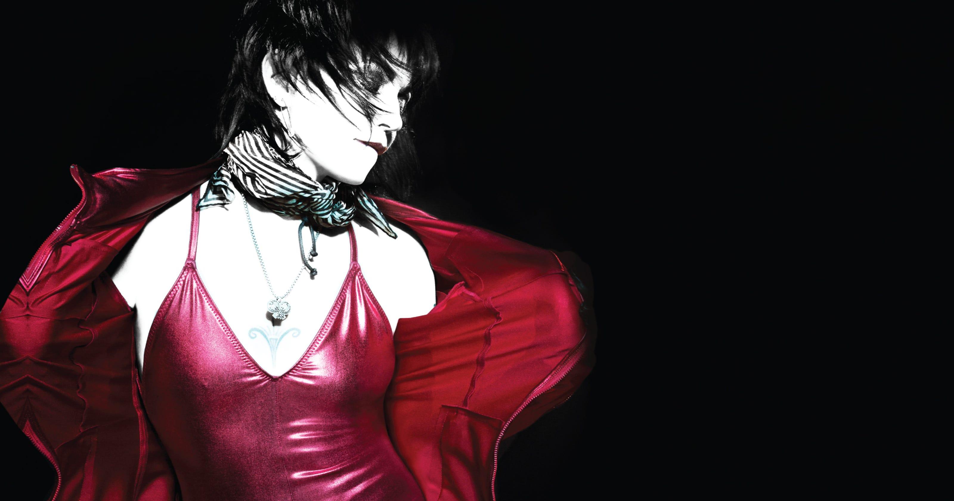 15 Female Icons Of The New Wave Era Go Gos Joan Jett