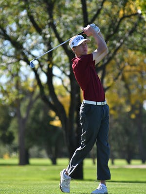 Roosevelt's Jack Lundin during the 2017 Class AA state golf championship.