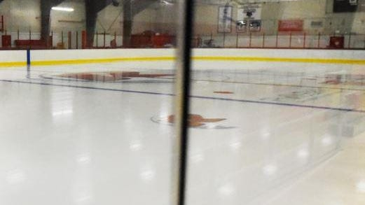 A COVID-19 cases has been linked to an adult hockey league at the Rochester Arena.
