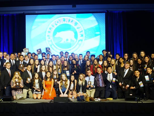 The Redwood FBLA Chapter after winning fifth place
