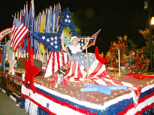 Gatlinburg's Fourth of July parade starts at midnight