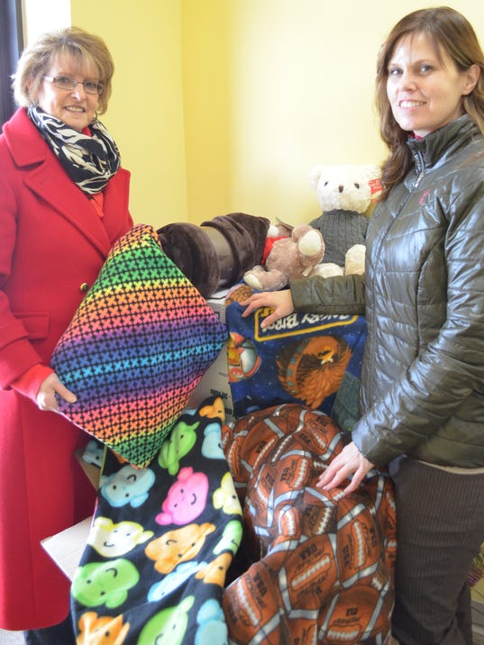 Knitting Room Fond Du Lac : Project linus to benefit from nebat contributions