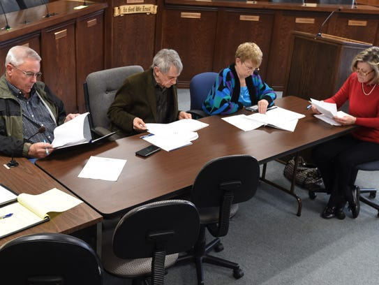 Members of the Mountain Home City Council's Public
