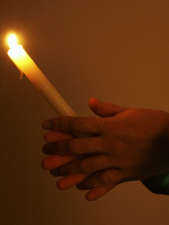 636382195913269312-Candlelight.jpg