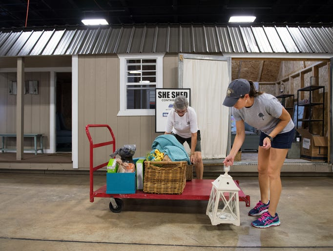 Vendors Prepare For This Weekend 39 S Southern Home And Garden Show