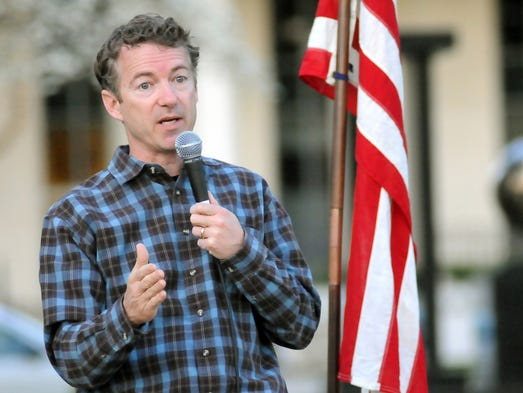 Rand Paul speaks to a group of supporters at Dolly