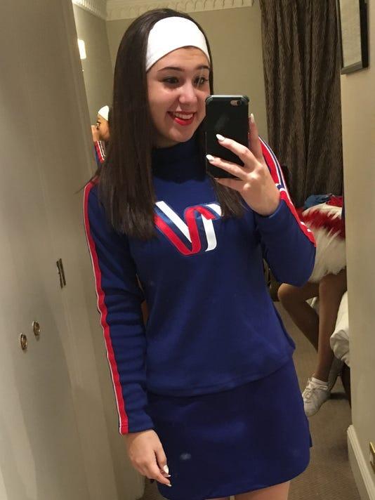 636191393789339643-cheerleader.jpg