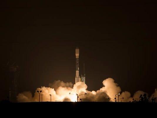 A Delta 2 rocket