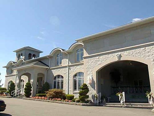 Casa Larga Vineyards is located at 2287 Turk Hill Road in Perinton.